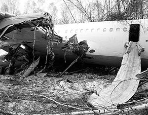 Самолет приземлился в километре от ВПП
