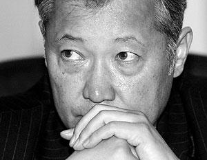 Временный глава Киргизии Роза Отунбаева не хочет видеть Курманбека Бакиева в пределах страны