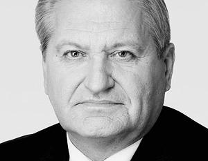 Вице-премьер, министр по вопросам региональной политики Украины Виктор Тихонов  хочет разделить страну по примеру  Российской федерации