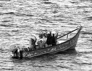 Пиратов отпустили на лодке без средств навигации