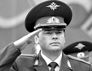 Главный милиционер Ленобласти Владислав Пиотровский заработал в 2009 году в семь раз больше Дмитрия Медведева