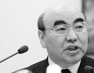 Аскар Акаев считает, что для урегулирования ситуации в Киргизии может потребоваться ввод миротворческих сил ОДКБ