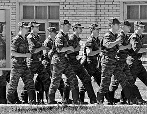 По словам Панкова, за каждого солдата командир заплатит карьерой