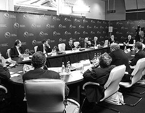Дмитрий Медведев ответил на вопросы политологов
