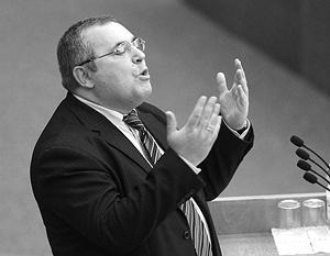Борис Надеждин, как и его коллеги, получил десять минут для выступления