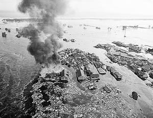 Япония оказалась во власти сразу двух стихий – огня и воды