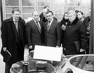 Члены правительства и руководители ведомств осмотрели Воткинский завод