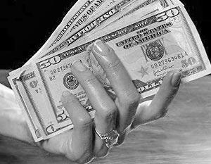 Работодателям пришлось пересмотреть методы расчета зарплат сотрудникам, установленных в долларовом эквиваленте