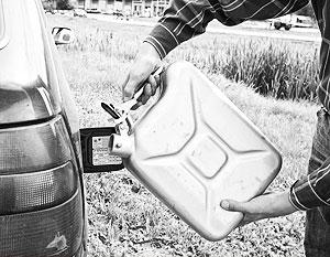 В Киргизии опасаются, что временный запрет экспорта на российское топливо приведет к удорожанию бензина