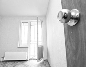 За квартиру площадью 54 кв.м парижанину придется заплатить 2690 евро налога, а москвичу – всего 270 долларов