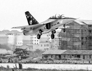 Благодаря Киеву китайцы на своих самолетах JL-10 научатся воевать с американцами