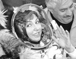 Первая космическая туристка Аноуше Ансари благополучно вернулась на Землю
