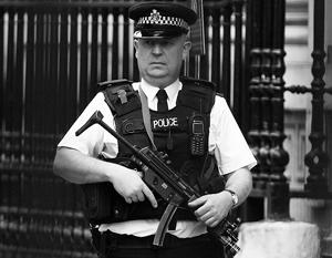 Британская полиция получила право стрелять по гражданам пластиковыми пулями