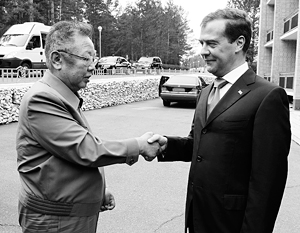 Медведев и Ким Чен Ир встретились спустя 10 лет