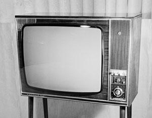 Политика возвращается в телевизор, и это удивляет избирателей