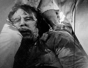 В СМИ начали появляться документальные свидетельства ранения и гибели Каддафи