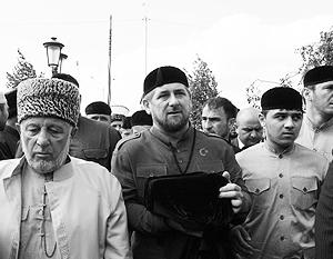 Рамзан Кадыров каким-то чудом заполучил одну из самых редких реликвий ислама – чашу пророка Мухаммеда