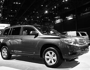 В объявлениях чиновники перечисляют достоинства нужных им автомобилей