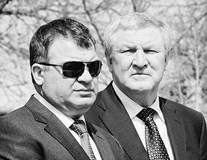 Анатолий Сердюков напомнил своему коллеге Михаилу Ежелю, что у него все записано
