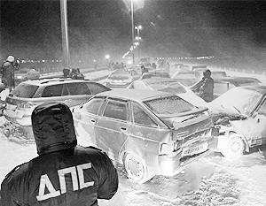 Причиной ДТП с участием 25 человек на кузбасском скоростном автобане стала летняя резина