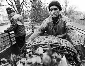 Судьба таджикских граждан, нелегально работающих в России, может стать одним из инструментов давления на власти Таджикистана