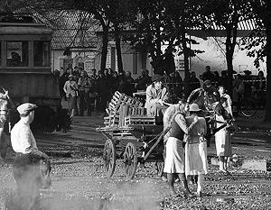 Правительство требует завершить кинокартину «Дау» от режиссера Ильи Хржановского