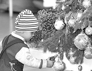 Два главных вопроса Нового года: где купить хорошую елку и все необходимые аксессуары для праздника?