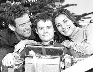 Во всех странах самая большая часть семейного бюджета в период праздников отводится подаркам