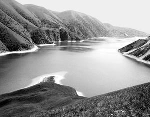 Высокогорное озеро Казеной-Ам (Голубое) – самое больше и глубокое озеро Северного Кавказа. Расположено на границе Чечни и Дагестана