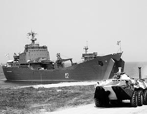 «Николай Фильченков» готов доставить отряд «синих беретов» на Ближний Восток