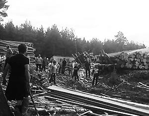 По словам очевидцев, всего в конфликте принимали участие около 100 человек