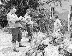 Сотрудники полиции проводят профилактические беседы с жителями Крымска