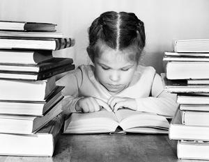 Казакова: Старшее поколение читает не больше, чем молодое