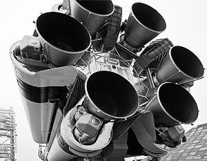 Оставшиеся в баках «Бриз-М» компоненты ракетного топлива не взрывоопасны, поэтому для находящихся рядом объектов нет угрозы