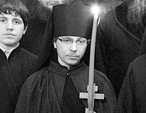 Иеромонах Илья формально является клириком Ильинского прихода в Черкизове