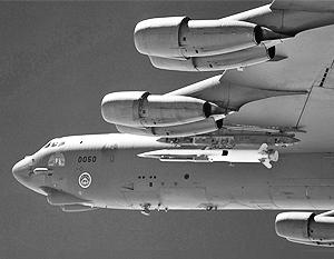 X-51A WaveRider был сброшен с бомбардировщика B-52, после чего включил свой ускоритель