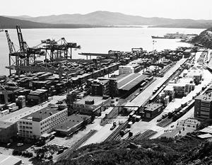 Владивостокский морской торговый порт по обработке контейнерных грузов