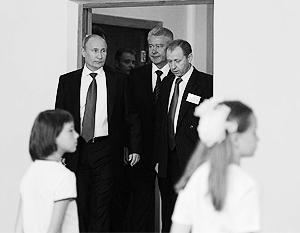 Путин побывал на уроке физкультуры, истории и пообщался с олимпийцами