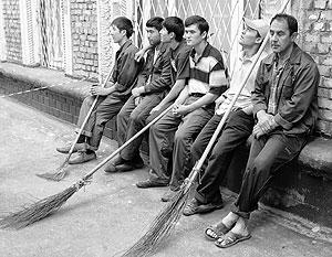 Трудовые мигранты работают преимущественно там, где россияне работать не хотят