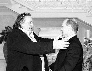Депардье получил российский паспорт за особый вклад в развитие нашей культуры