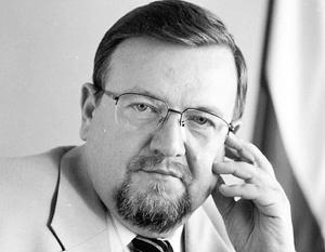 Владимир Зорин считает, что власти не должны экономить на национальной политике