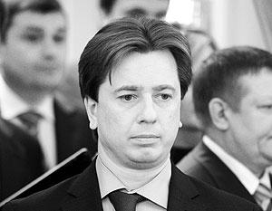 Владимир Бурматов призвал заодно лишить его и «диплома о высшем образовании, школьного аттестата и диплома об окончании музыкальной школы»