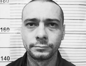 Полиция разыскивает Сергея Помазуна по подозрению в массовом убийстве в центре Белгорода
