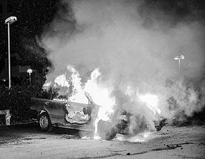 Ночные беспорядки вспыхнули еще в прошлое воскресенье в бедных кварталах шведской столицы