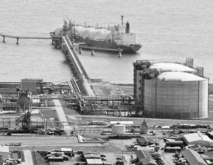 На фото – единственный пока действующий в России СПГ-завод на Сахалине
