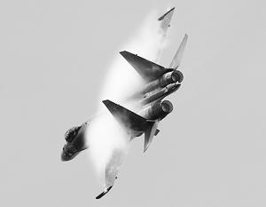 Су-35С впервые поднялся в небо Ле Бурже