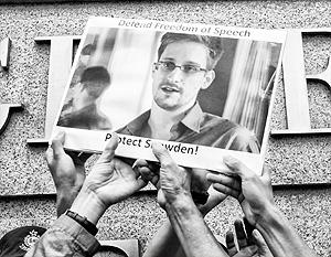 Эдвард Сноуден поочередно ссорит с Вашингтоном все страны, в которые прилетает