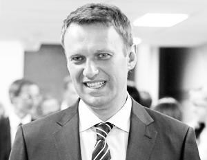 Наблюдатели не исключают, что Навальный сам провоцирует свое снятие с выборов
