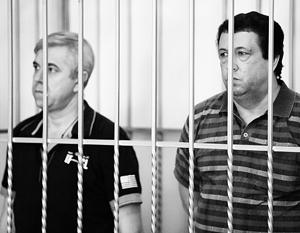 Василий Крутько (слева) и Виктор Жданов не согласны с вынесенным им судом наказанием