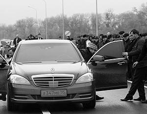Чиновники Северного Кавказа предпочитают заказывать дорогие автомобили за счет бюджета